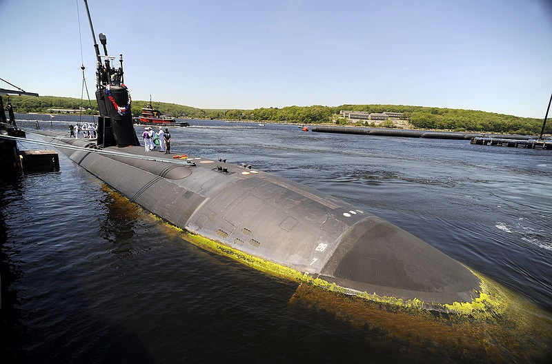 Los Angeles-class fast-attack submarine USS Hartford