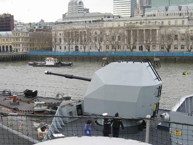 4.5-in Mk8 Mod1 naval gun on HMS Northumberland