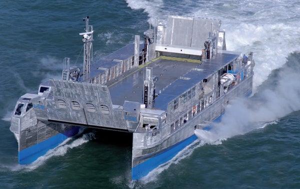 Le landing catamaran de la CNIM
