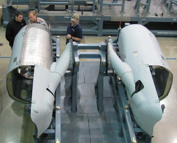 Aurora-built engine nacelles installed on final assembly structure for US Marine Corps